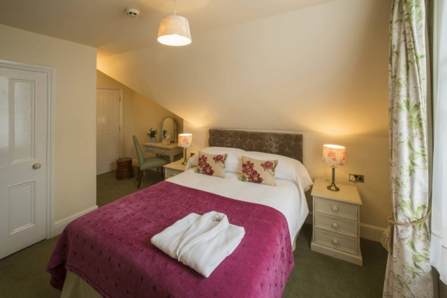 Yorke Lodge Bed and Breakfast Canterbury Kent bedroom