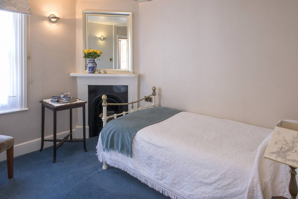Yorke Lodge B&B Canterbury single bedroom