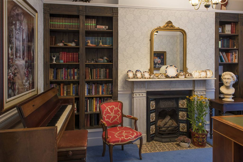 Yorke Lodge B&B Canterbury Kent piano